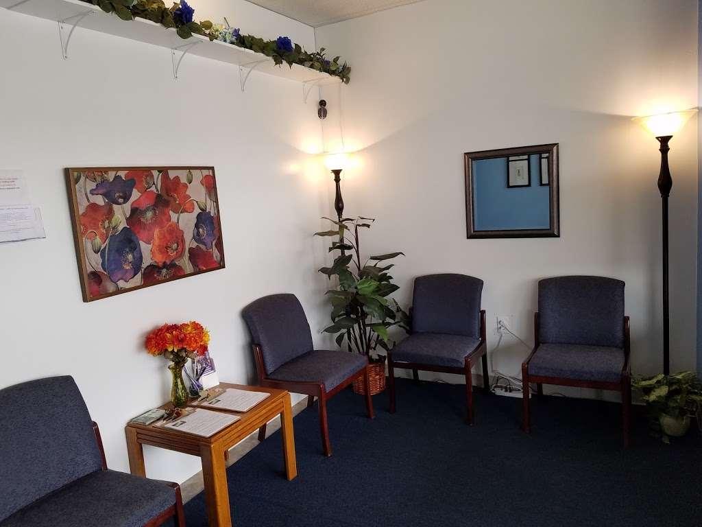 Models Massage - spa    Photo 2 of 10   Address: 7409 Shadeland Ave, Indianapolis, IN 46250, USA   Phone: (317) 362-2850