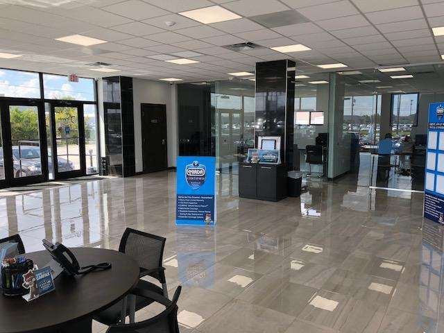Orlando Preowned - car repair  | Photo 6 of 10 | Address: 3701 W Colonial Dr, Orlando, FL 32808, USA | Phone: (407) 295-5565
