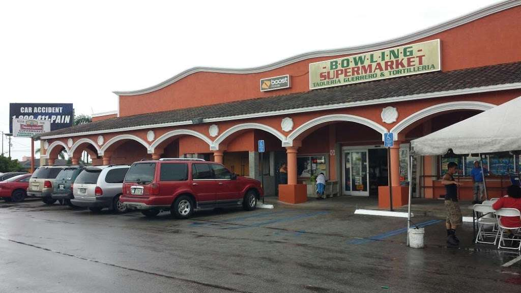 Bowling Supermarket - store  | Photo 1 of 10 | Address: 1425 S Main St, Belle Glade, FL 33430, USA | Phone: (561) 996-6349
