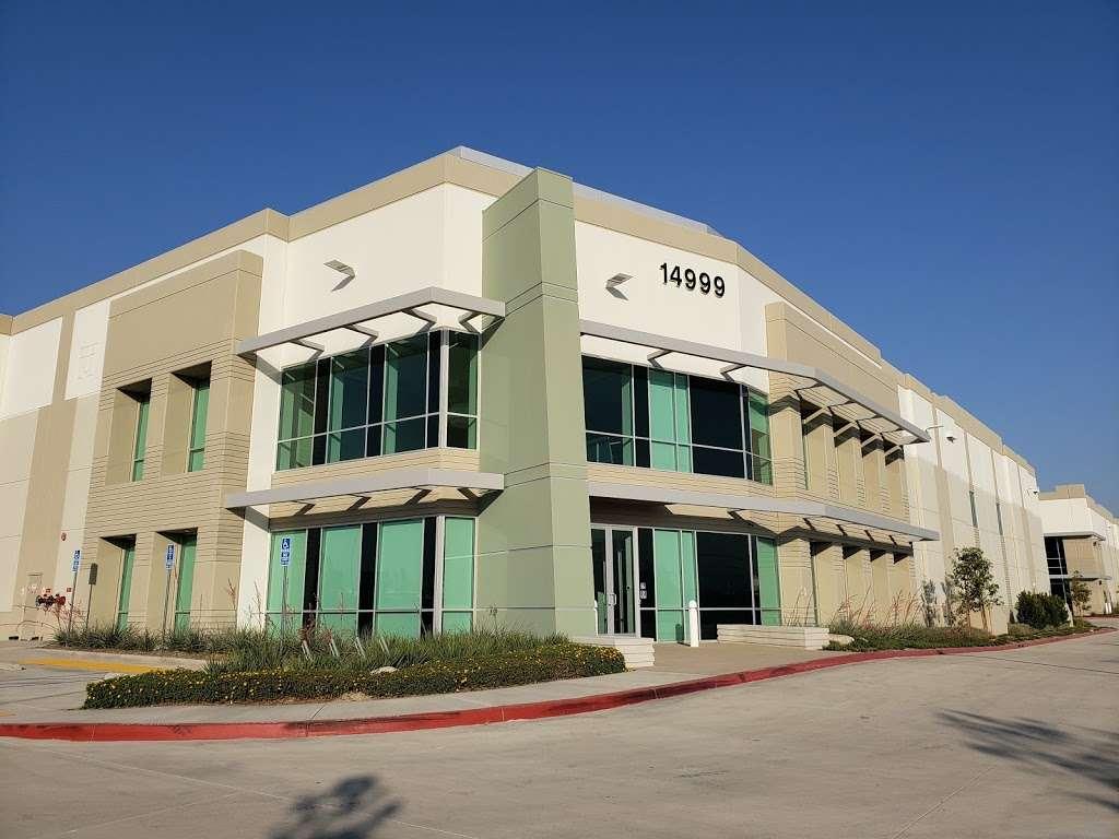 VSR Logistics - storage  | Photo 3 of 4 | Address: 14999 Summit Drive, Eastvale, CA 92880, USA | Phone: (951) 463-9538