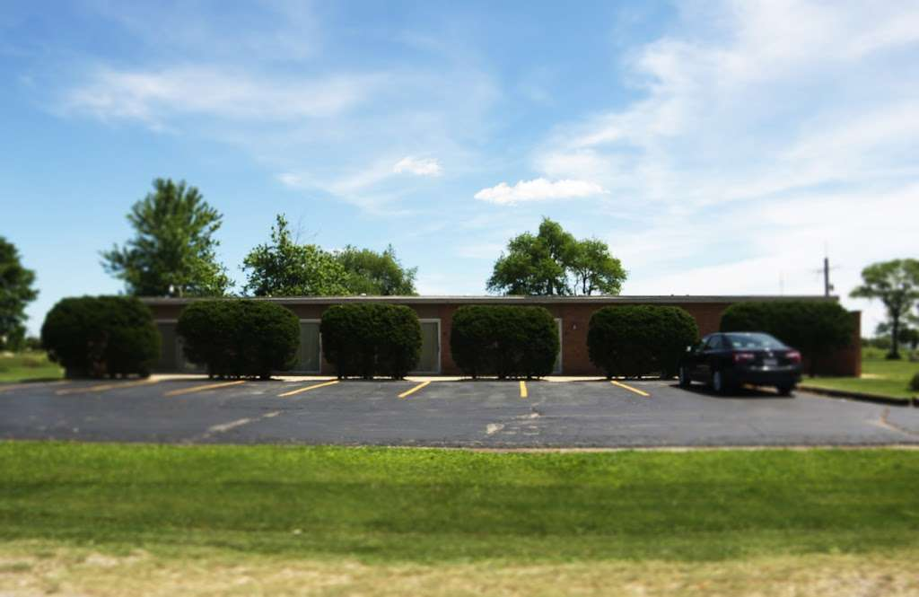 US 30 Motel - lodging  | Photo 6 of 10 | Address: 9716, 1776 US-30, Oswego, IL 60543, USA | Phone: (630) 554-1120