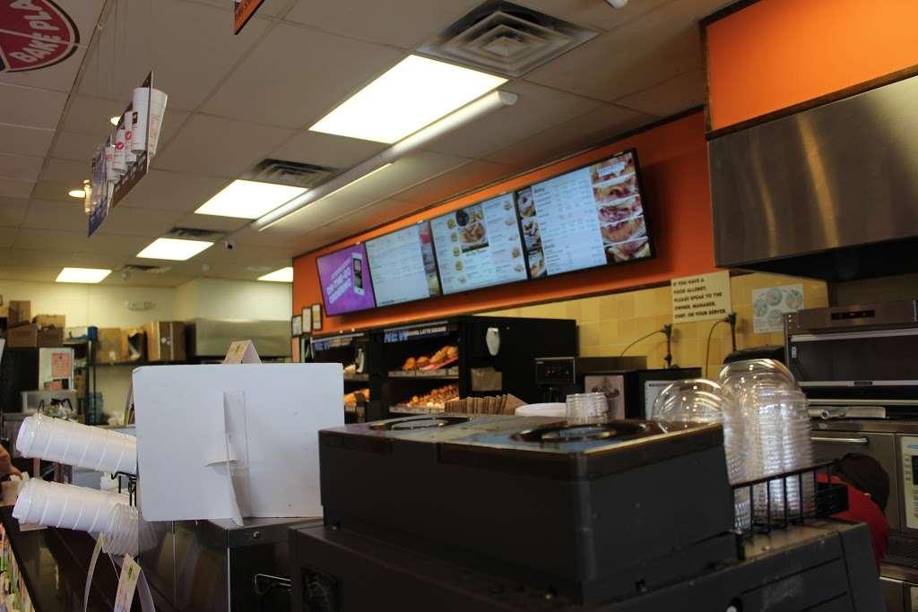 Dunkin - bakery  | Photo 2 of 10 | Address: 678 Central Park Ave # 680, Yonkers, NY 10704, USA | Phone: (914) 423-1253