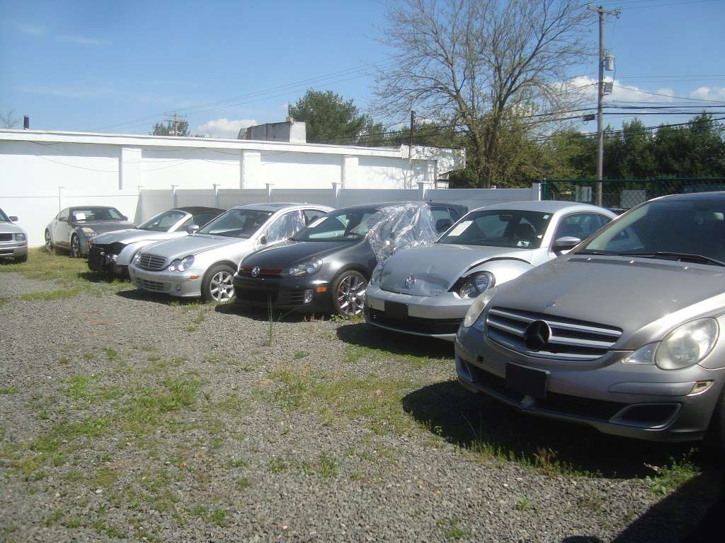 EZ Fixer Cars - car dealer  | Photo 7 of 10 | Address: 2553 Saylors Pond Rd, Wrightstown, NJ 08562, USA | Phone: (609) 724-9030