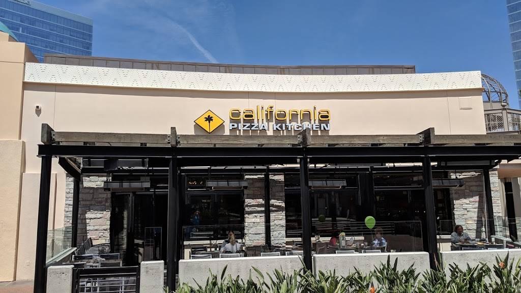 California Pizza Kitchen At Irvine Spectrum 521 Spectrum Center Dr Irvine Ca 92618 Usa