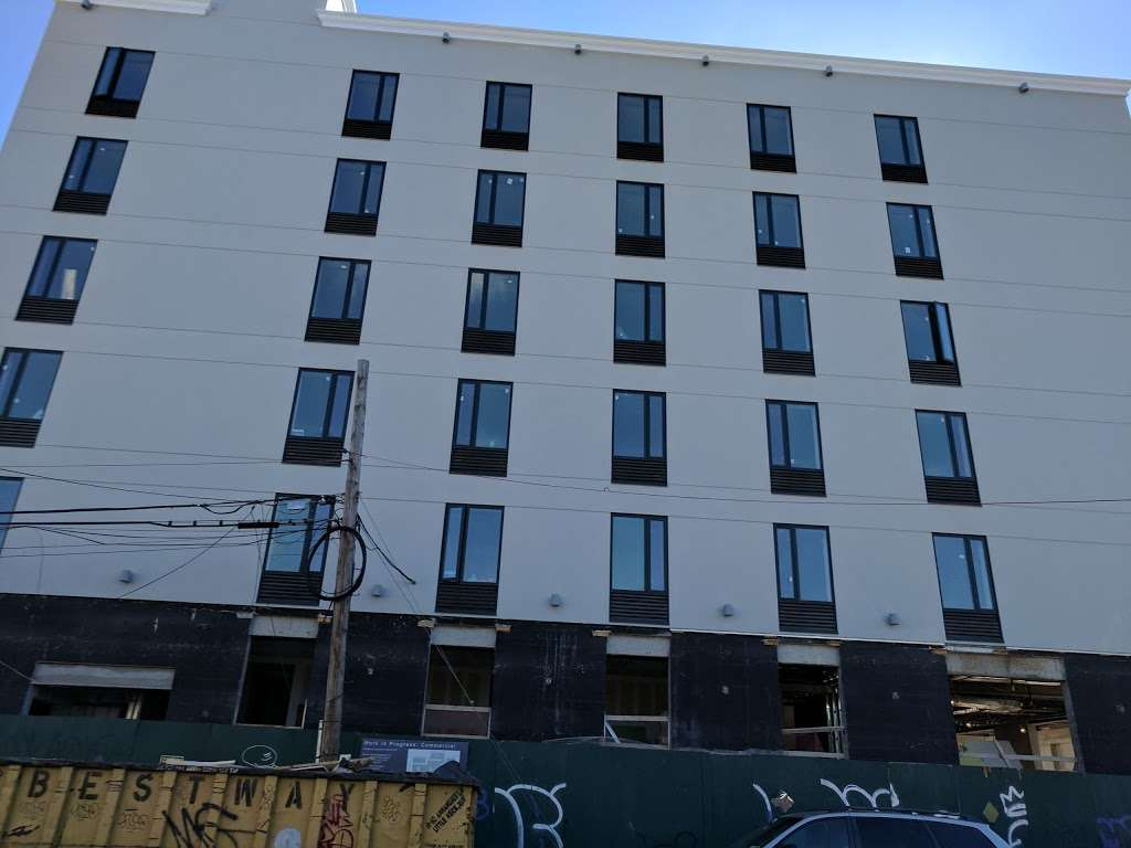 Pride Management LLC Hotel - lodging  | Photo 5 of 10 | Address: 139-1 Archer Ave, Jamaica, NY 11435, USA