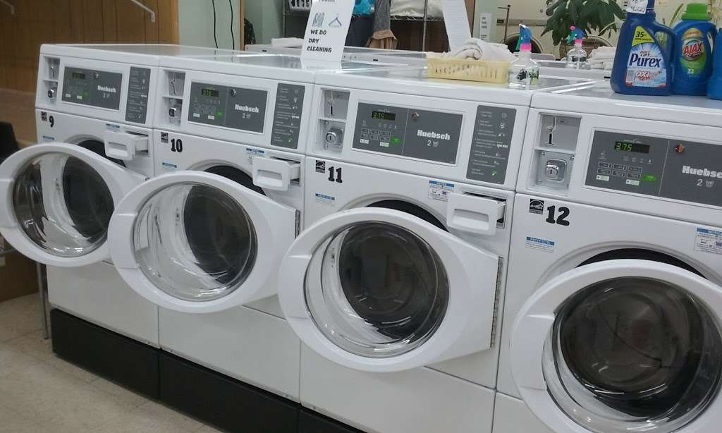 Soap Box laundromat & organic dry cleaning - laundry  | Photo 3 of 6 | Address: 529 10th St, Palisades Park, NJ 07650, USA | Phone: (201) 585-2793