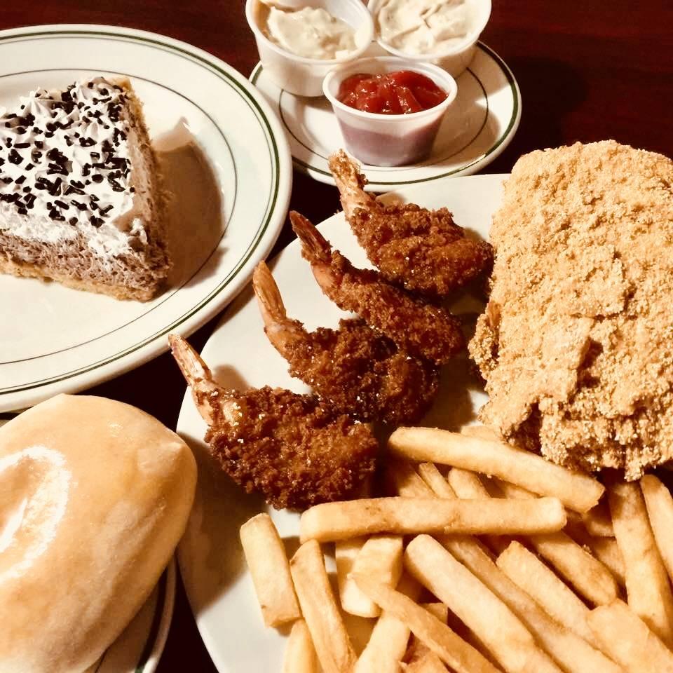 Lindsays Kitchen - restaurant  | Photo 10 of 10 | Address: 5300 Cane Run Rd #3103, Louisville, KY 40258, USA | Phone: (502) 384-4823