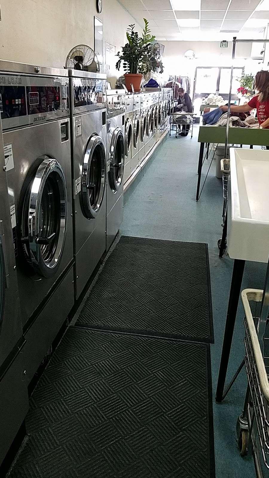 Andys Laundry - laundry  | Photo 3 of 4 | Address: 3871 E 120th Ave, Denver, CO 80233, USA | Phone: (303) 451-8454