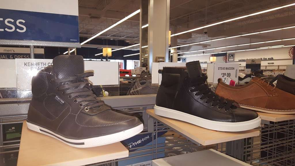 Marshalls - department store  | Photo 9 of 10 | Address: 497 River Rd, Edgewater, NJ 07020, USA | Phone: (201) 945-5671