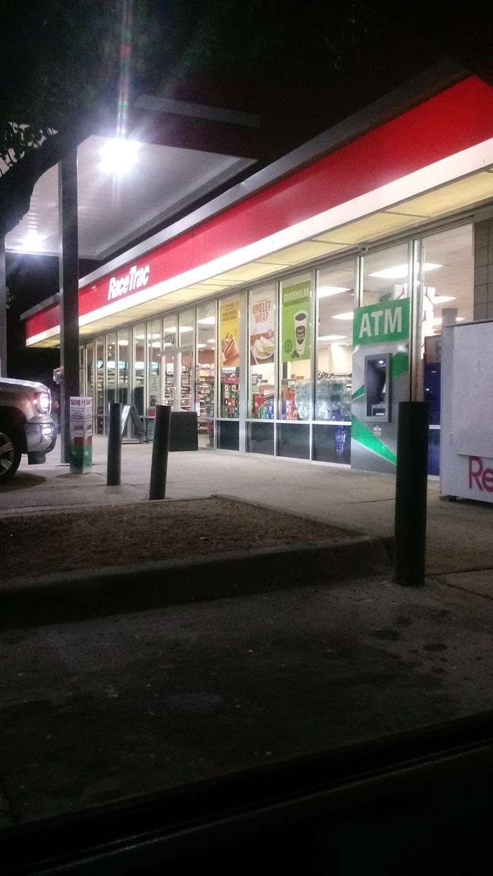 RaceTrac - gas station  | Photo 5 of 10 | Address: 10707 Miller Rd, Dallas, TX 75238, USA | Phone: (214) 221-7929