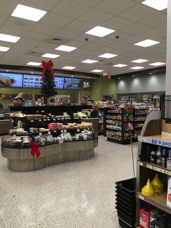 Wawa - convenience store  | Photo 3 of 10 | Address: 505 S River St, Hackensack, NJ 07601, USA | Phone: (201) 488-1214