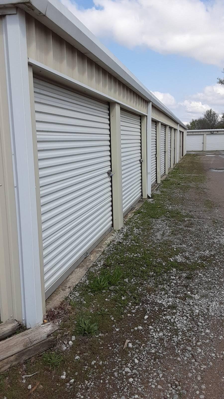 Fort Apache Glass & Lumber - car repair  | Photo 6 of 6 | Address: 2703 E Apache St, Tulsa, OK 74110, USA | Phone: (918) 425-5902