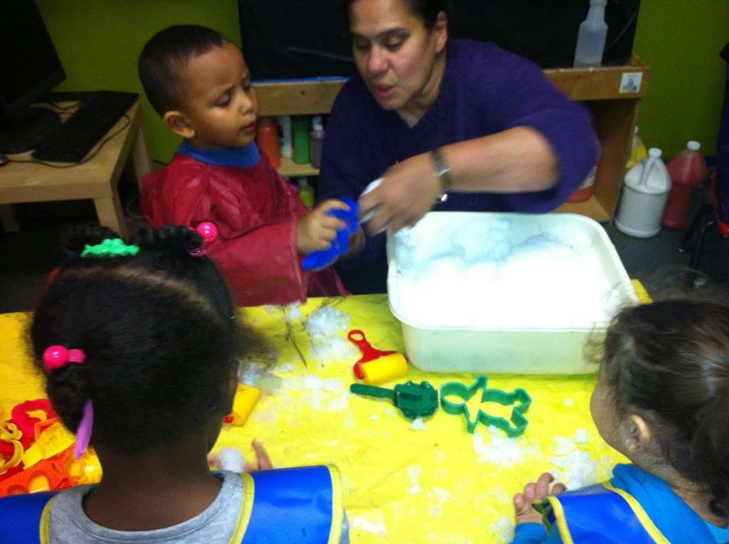 Tender Years Childcare, Inc - school  | Photo 5 of 10 | Address: 3141 E Tremont Ave, Bronx, NY 10461, USA | Phone: (718) 829-3067
