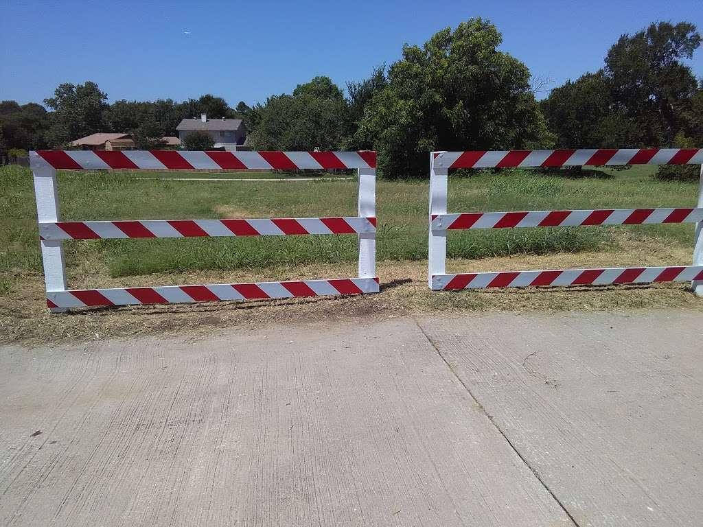 Fox Creek Greenbelt Park - park  | Photo 9 of 9 | Address: Lewisville, TX 75067, USA