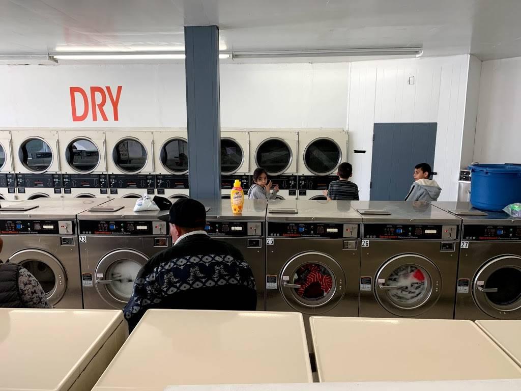 Launderland Bianchi - laundry  | Photo 2 of 10 | Address: 907 E Bianchi Rd, Stockton, CA 95207, USA | Phone: (209) 498-8370