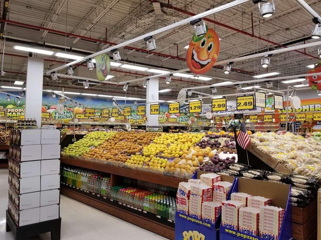 Western Beef Supermarket - supermarket    Photo 8 of 10   Address: 1851 Bruckner Blvd, Bronx, NY 10472, USA   Phone: (718) 417-3770