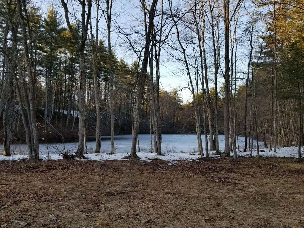 Cider Mill Pond Trailhead - park    Photo 3 of 10   Address: 03033, Brookline, NH 03033, USA