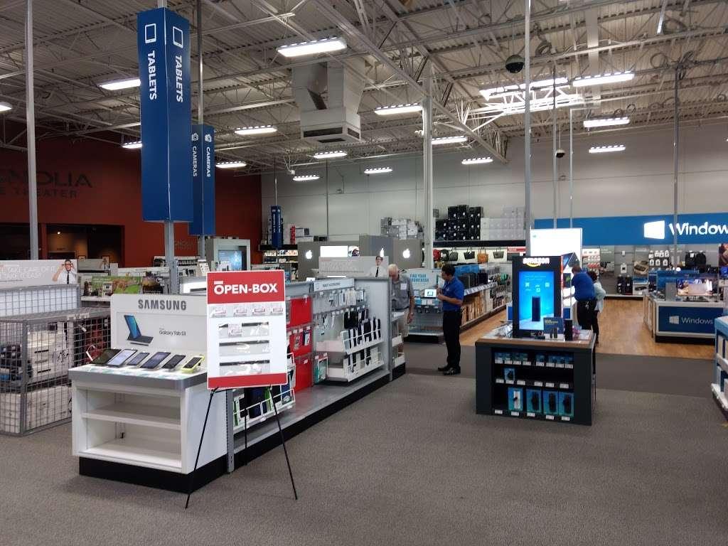 Best Buy - electronics store  | Photo 1 of 10 | Address: 23000 Savi Ranch Pkwy, Yorba Linda, CA 92887, USA | Phone: (714) 685-3235
