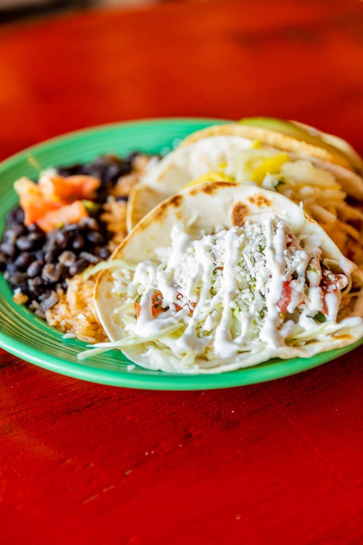 Taqueria El Vecino - restaurant    Photo 3 of 10   Address: 2743 Lavista Rd, Decatur, GA 30033, USA   Phone: (404) 929-0301