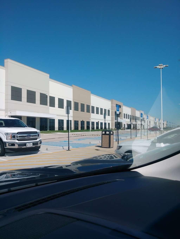 Amazon Distribution Center - storage    Photo 3 of 10   Address: 31555 US-90, Brookshire, TX 77423, USA