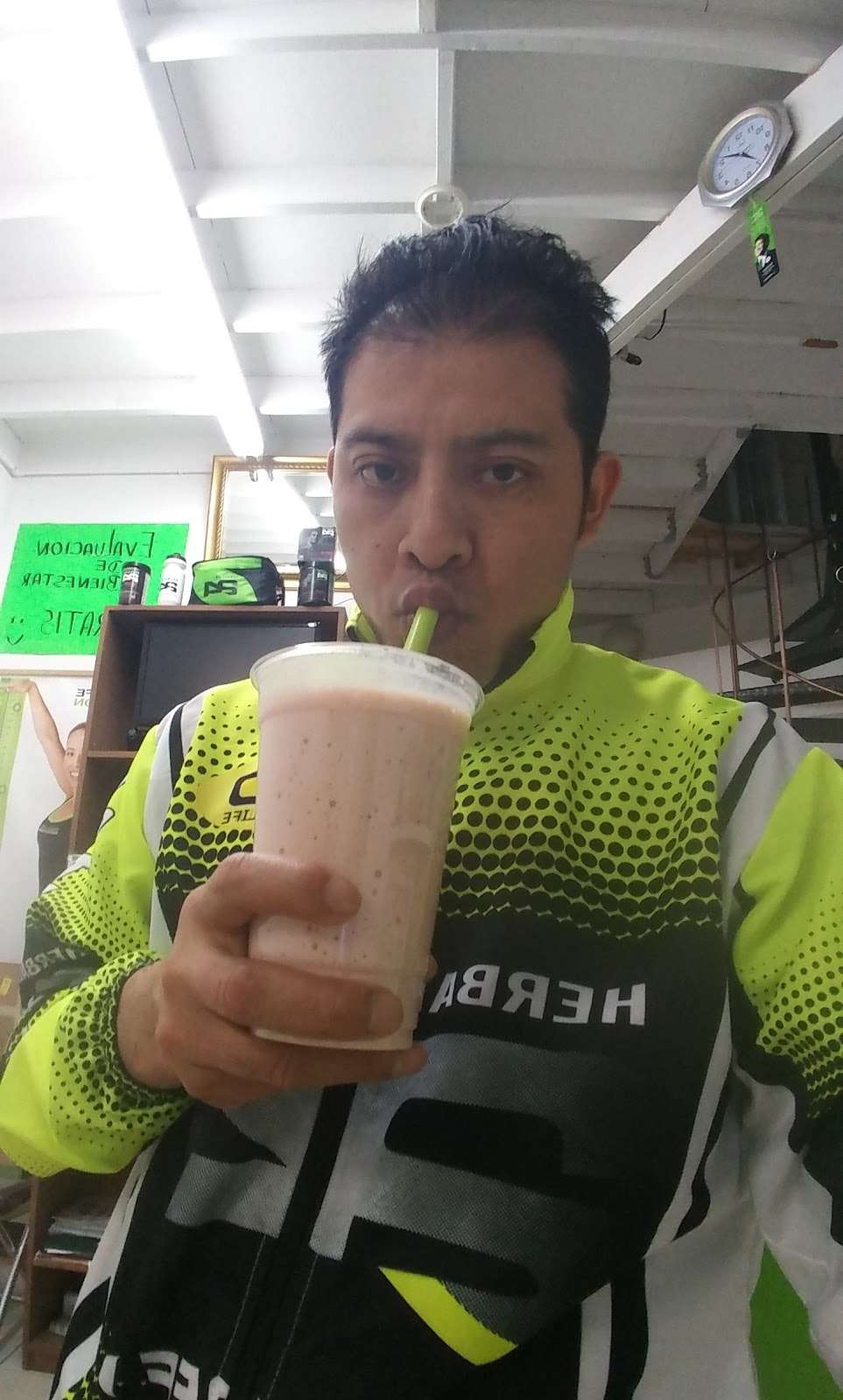 DISTRIBUDOR INDEPENDIENTE DE HERBALIFE PABLO HUEYOPA - store  | Photo 6 of 10 | Address: 462A 36th St, Brooklyn, NY 11232, USA | Phone: (718) 781-7329