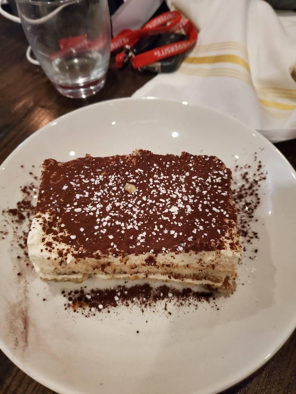 Il Pizzaiolo Warrendale - restaurant  | Photo 8 of 8 | Address: 701 Warrendale Village Dr, Warrendale, PA 15086, USA | Phone: (724) 933-3155