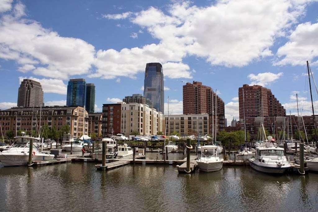 Liberty Harbor RV Park - rv park  | Photo 6 of 10 | Address: 11 Marin Blvd, Jersey City, NJ 07302, USA | Phone: (201) 516-7500