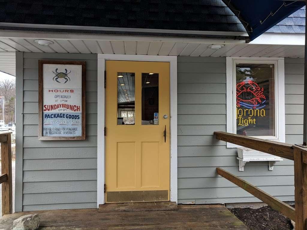 Donnellys Dockside - restaurant  | Photo 4 of 10 | Address: 1050 Deep Creek Ave, Arnold, MD 21012, USA | Phone: (410) 757-4045