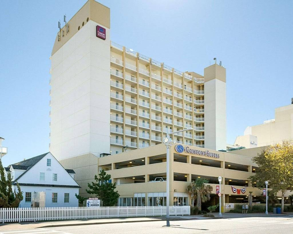 Comfort Suites Beachfront - lodging  | Photo 1 of 10 | Address: 2321 Atlantic Ave, Virginia Beach, VA 23451, USA | Phone: (757) 491-2400