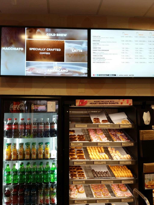 Dunkin Donuts - cafe  | Photo 5 of 10 | Address: 2328 S Chickasaw Trail #17A, Orlando, FL 32825, USA | Phone: (407) 930-6631
