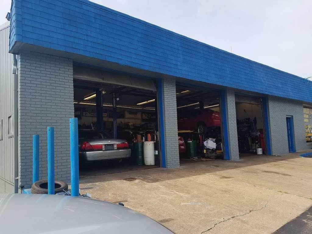 USA Muffler & Brakes - car repair  | Photo 7 of 10 | Address: 4625 W 37th Ave, Hobart, IN 46342, USA | Phone: (219) 947-2511