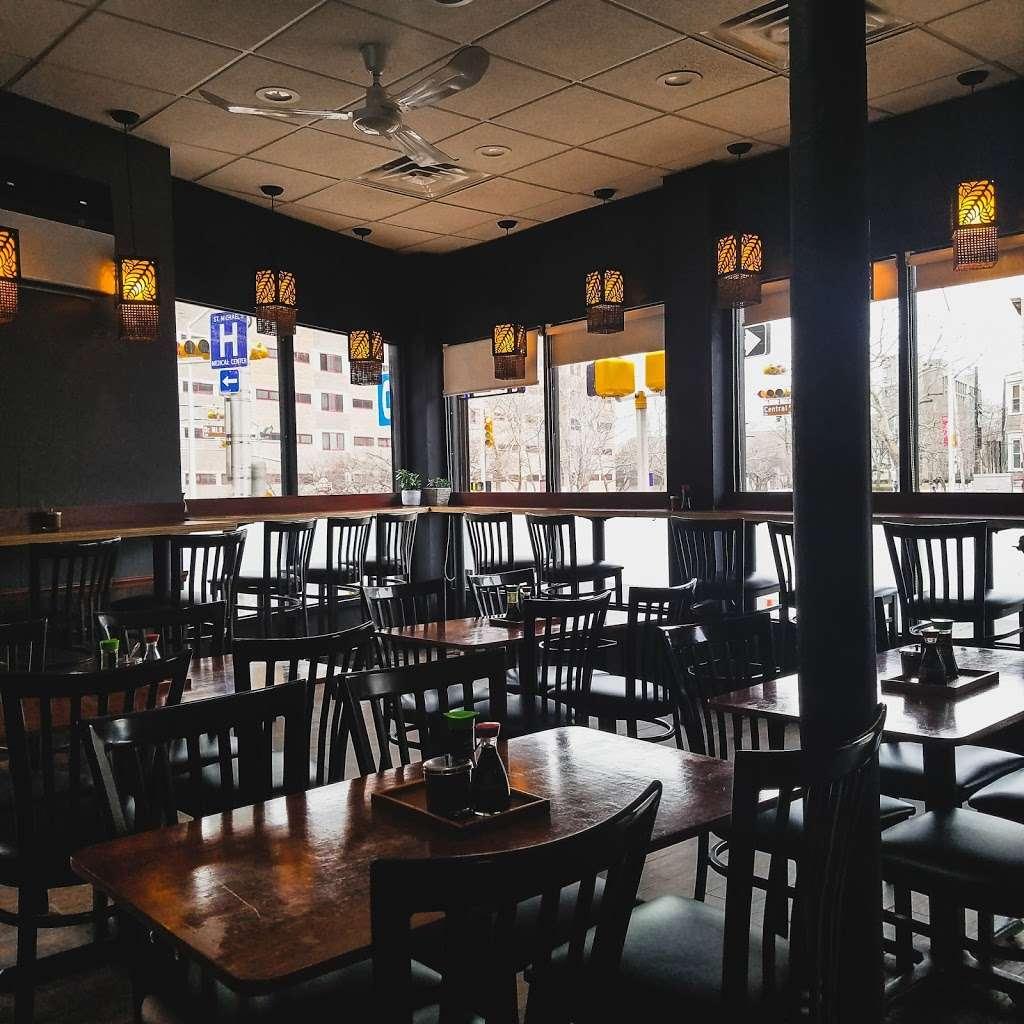 Ramen Gami - restaurant  | Photo 1 of 10 | Address: 1 Sussex Ave #3926, Newark, NJ 07103, USA | Phone: (973) 622-2888