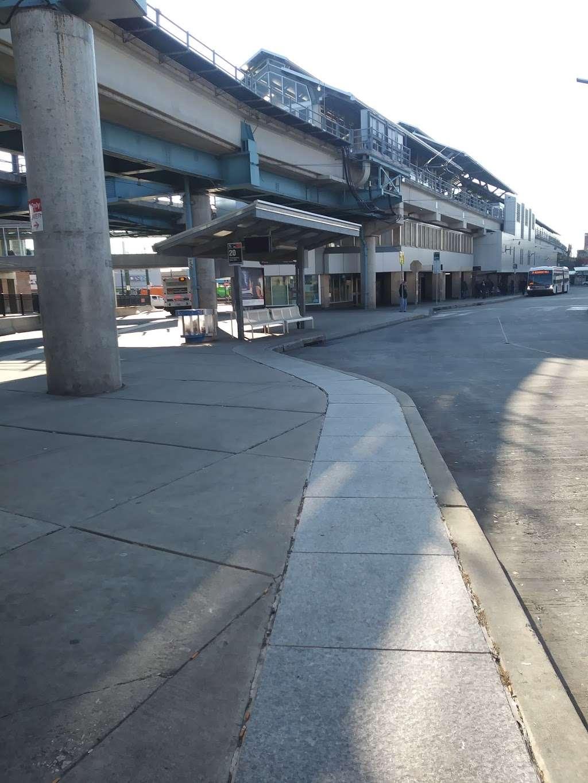 Wireless Zone - store  | Photo 9 of 10 | Address: 5251 Frankford Ave, Philadelphia, PA 19124, USA | Phone: (267) 388-7371