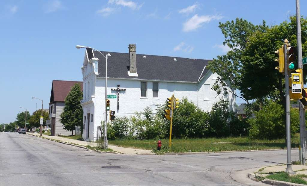 True Apostolic Pentecostal Church - church    Photo 1 of 1   Address: 2108 N 12th St, Milwaukee, WI 53205, USA   Phone: (414) 374-1266