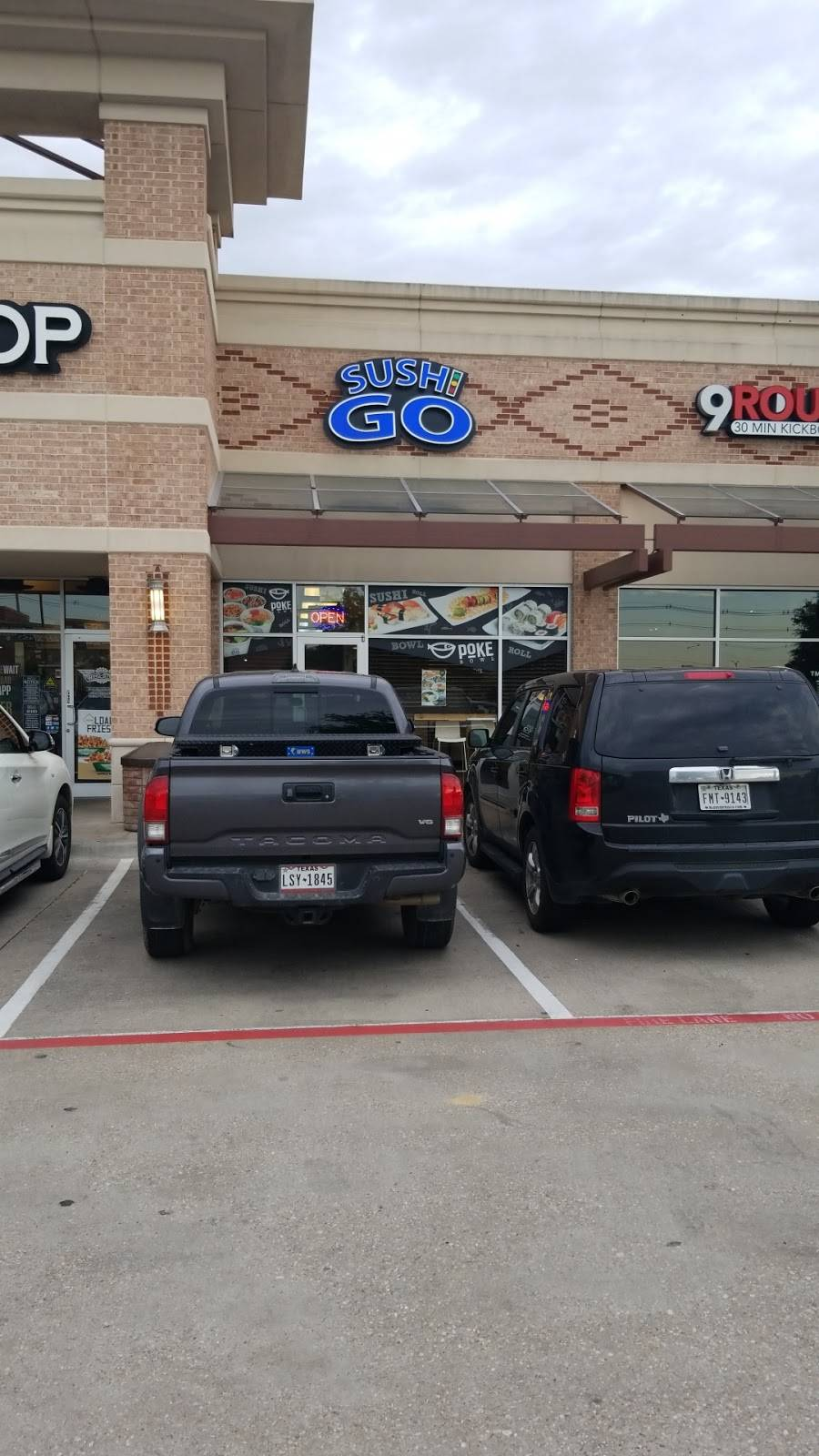Sushi Go - meal delivery  | Photo 8 of 10 | Address: 8811 Teel Pkwy ste 130, Frisco, TX 75034, USA | Phone: (469) 294-0858