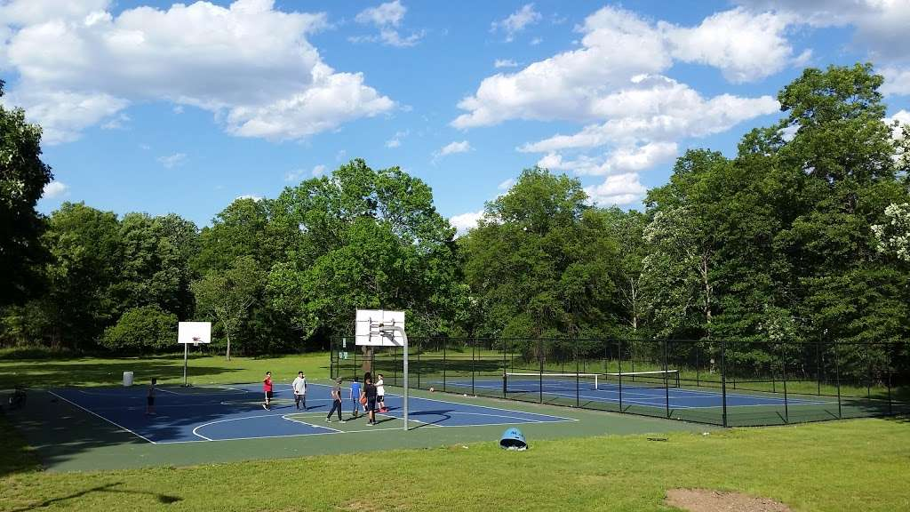 Suskin Park - park    Photo 3 of 10   Address: 91 Haines Ave, Piscataway Township, NJ 08854, USA