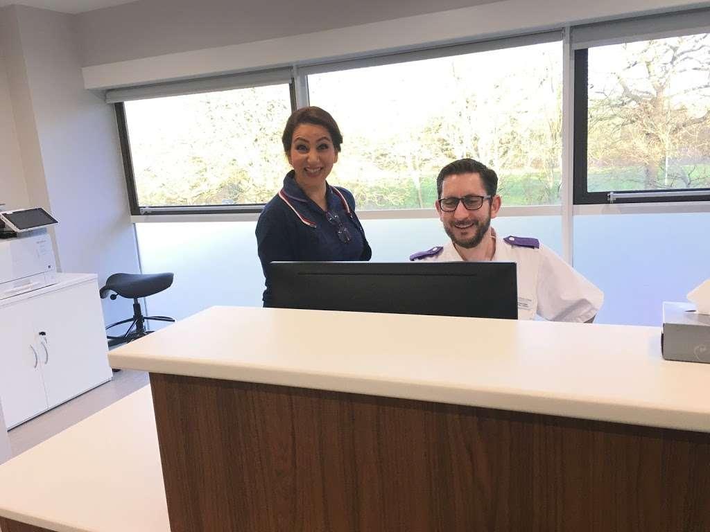 Dr Mark Furman Paediatric Gastroenterologist - hospital  | Photo 8 of 10 | Address: ELSTREE WATERFRONT - Elstree Outpatient Centre, beaufort house, The Waterfront, Elstree Rd, Elstree, Borehamwood WD6 3BS, UK | Phone: 07788 444046