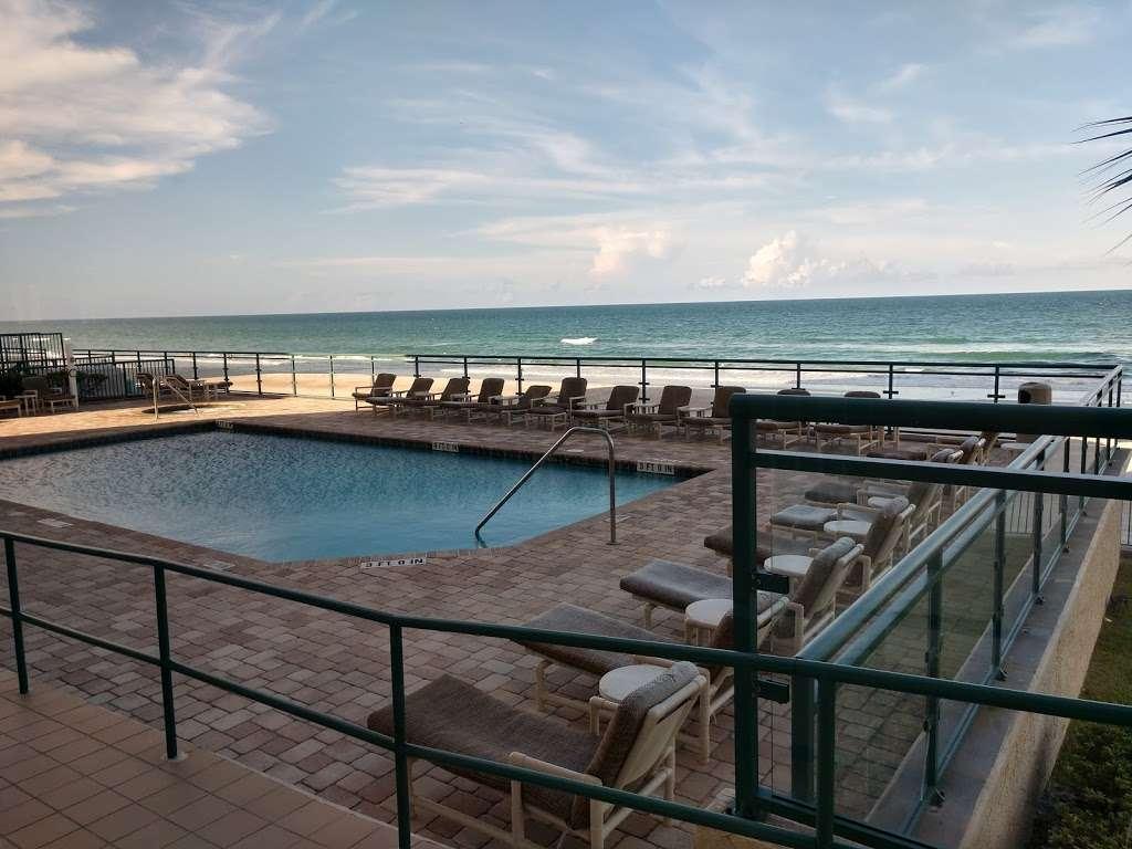 Dimucci Twin Towers 3311 S Atlantic Ave Daytona Beach Shores Fl 32118 Usa