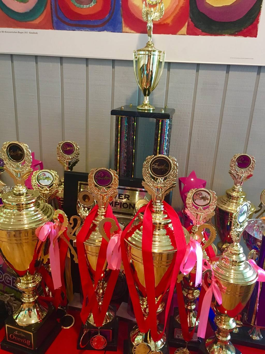 Invitation to Dance - gym  | Photo 1 of 7 | Address: 108 E Stansifer Ave, Clarksville, IN 47129, USA | Phone: (502) 645-1568