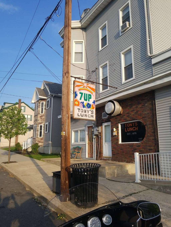 Tonys Lunch - restaurant  | Photo 2 of 10 | Address: 23 E Main St, Girardville, PA 17935, USA | Phone: (570) 276-1730