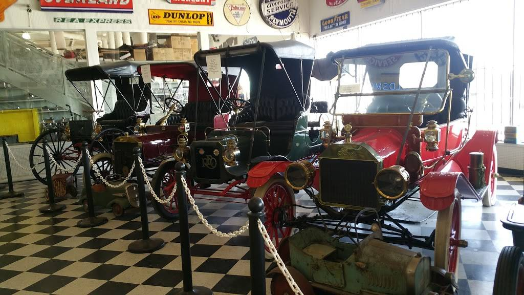 Classic Chevrolet Parts, Inc. - car repair  | Photo 6 of 10 | Address: 8723 S I-35 Service Rd, Oklahoma City, OK 73149, USA | Phone: (405) 631-4400