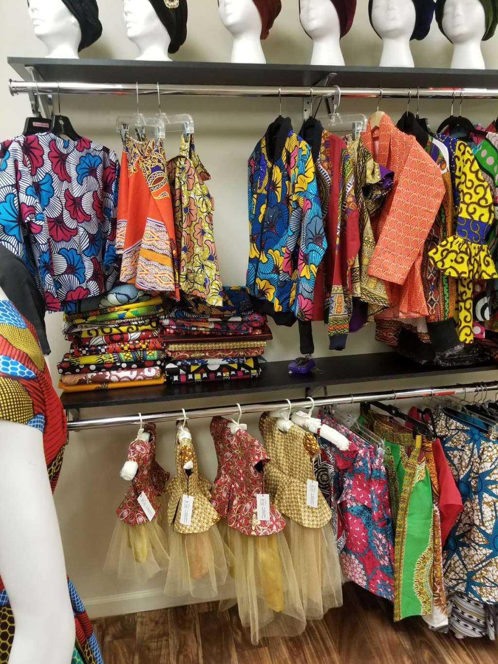 MOOR AFRICAN EUROPEAN CLOTHING & ALTERATION - clothing store  | Photo 4 of 10 | Address: 602 W Sugar Creek Rd, Charlotte, NC 28213, USA | Phone: (980) 430-0191