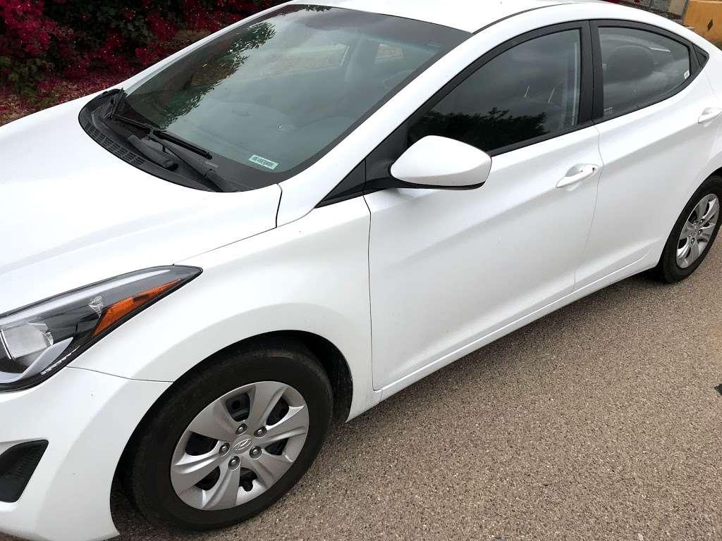 Lyft Hertz Express Drive rental - Car rental   3202 N Harbor