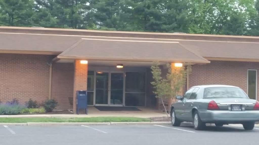 Total Foot Care, PA: Alexander Terris, DPM - doctor    Photo 2 of 10   Address: 2700 Silverside Rd #3B, Wilmington, DE 19810, USA   Phone: (302) 478-1694