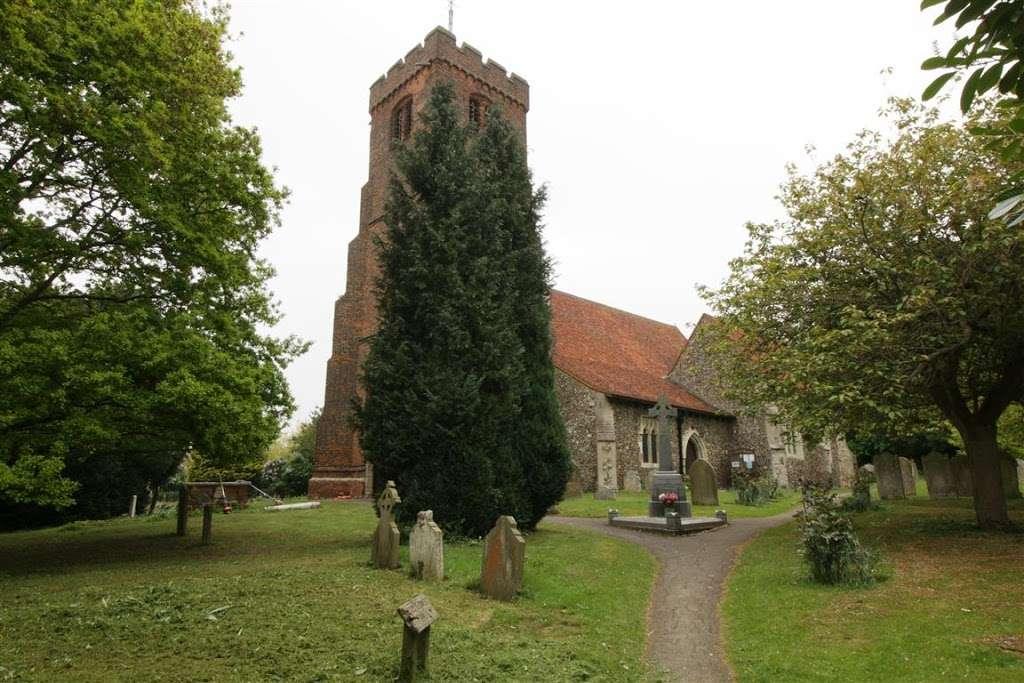 The Parish Church of Saint Andrew - church    Photo 3 of 10   Address: North Weald Bassett, Epping CM16 6AL, UK