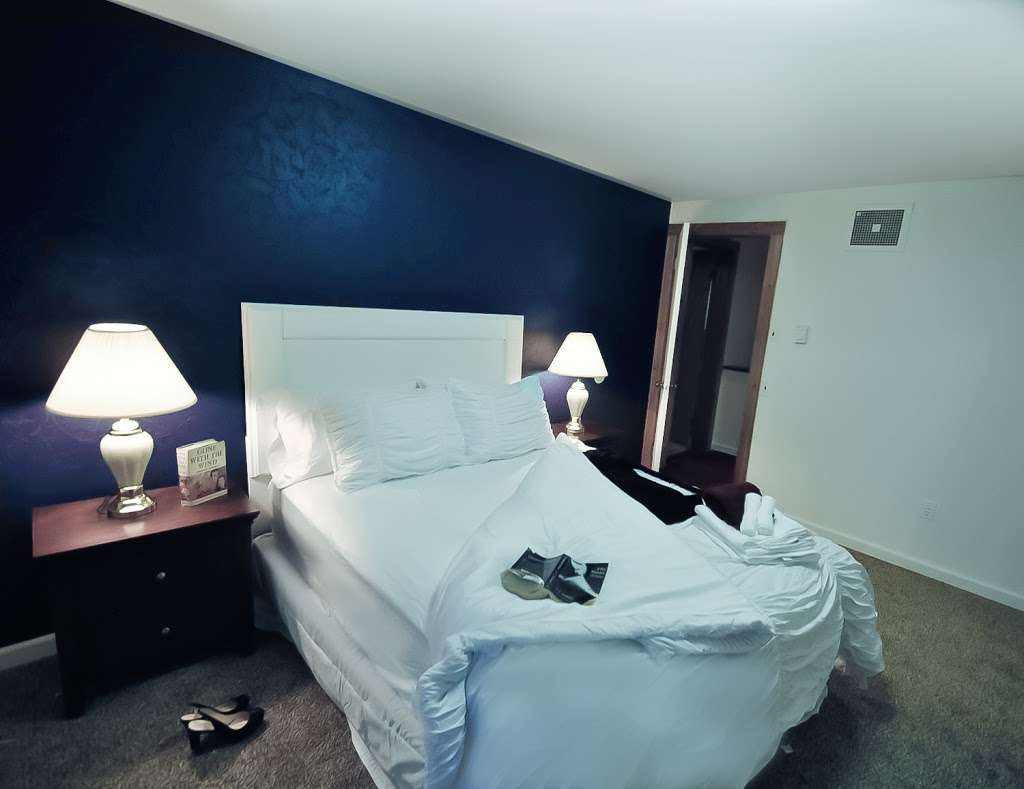 Pocono Casa & Cabanas & Pet Friendly Cabin Rentals - Grand Summi - real estate agency  | Photo 6 of 10 | Address: 151 Terrace Dr, East Stroudsburg, PA 18301, USA | Phone: (718) 303-0448
