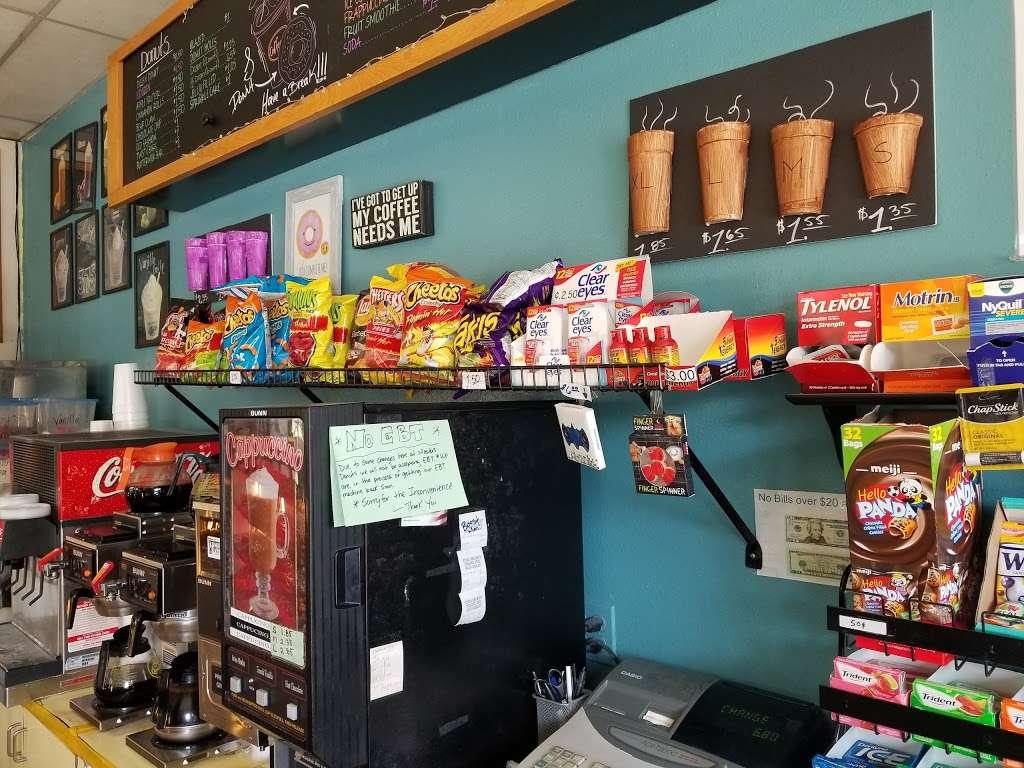 Masters Donuts - bakery  | Photo 6 of 10 | Address: 11637 Cherry Ave # 3, Fontana, CA 92337, USA | Phone: (909) 350-9544