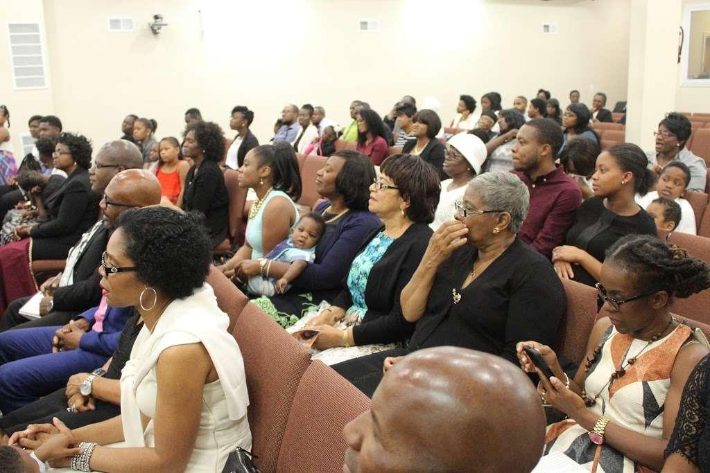 Full Gospel Tabernacle of Faith Church Inc - church  | Photo 10 of 10 | Address: 1212 E New York Ave, Brooklyn, NY 11212, USA | Phone: (718) 773-3359