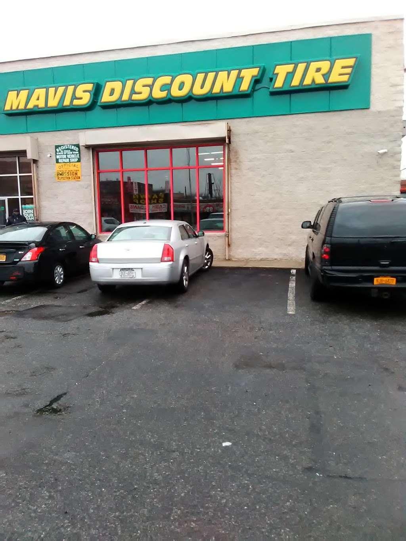 Mavis Discount Tire - car repair  | Photo 3 of 10 | Address: 832 Pennsylvania Ave, Brooklyn, NY 11207, USA | Phone: (718) 307-6771