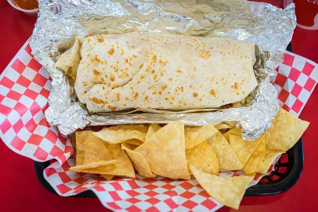 Taco Plus - restaurant  | Photo 6 of 10 | Address: 1525 S Bundy Dr, Los Angeles, CA 90025, USA | Phone: (310) 207-0793